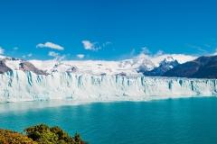 La pared del glaciar Perito Moreno, tiene una altura de 72 metros, la misma que la Torre Campanario de Ontinyent, la segunda mas alta de España, después de la Giralda de Sevilla.