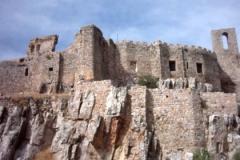 Castillo de Calatrava la Nueva. Fue donado en 1191 , a la Orden de Calatrava que lo reconstruyó en  1213, después de la Batalla de las Navas de Tolosa.