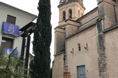 """Bernardo Mateu y Ricardo Montés, con la maqueta y el """"original"""" de  la Iglesia y la Torre Campanario."""